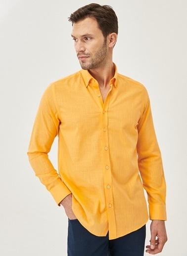 AC&Co / Altınyıldız Classics Tailored Slim Fit Dar Kesim Düğmeli Yaka %100 Koton Gömlek 4A2021200056 Oranj